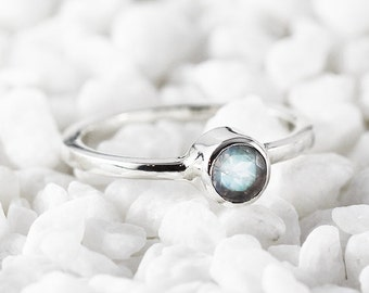 Moonstone Ring Rainbow Moonstone Silver Ring Moonstone Jewelry Sterling Silver Ring Custom Gemstone Rainbow Ring Moonstone Boho Ring