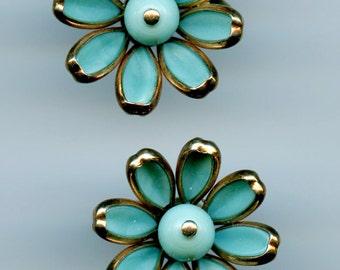 Vintage Petaltime Trifari Turquoise Poured Glass Flower Earrings c1950