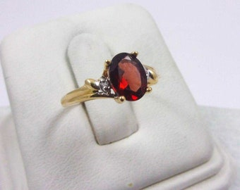 Solid 10K Yellow Gold 1.22 Carat Garnet Ring, Diamond Accents, Size 6, 2.0 grams