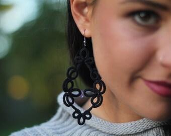Black  lace earrings with amethyst stone//handmade earrings//black earrings//tatting lace//gift for her//lace earrings