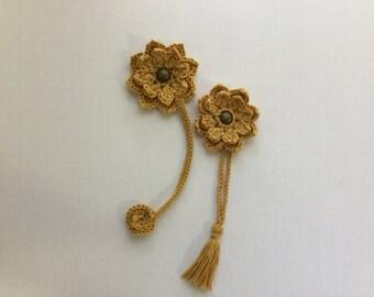 Bookmark, flower bookmark, crochet handmade bookmark, Christmas gift, stocking stuffers,