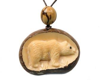 Tagua Nut Necklace: Bear (1153-N383) P13