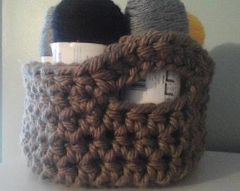 Chunky Crochet Basket with Handles