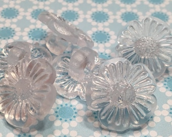 6 translucent flower buttons, 15 mm (37)