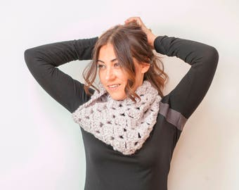 SARA - Chunky Textured Infinity Cowl Scarf Neckwarmer - Stone - **Free US and EU Shipping**