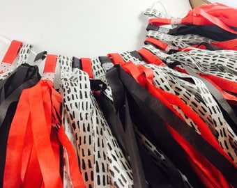 Tassel Garland-Red Black Garland-Tissue Paper Tassels-Ladybug Garland-Decoration-Birthday-Baby Shower-Kids Room-Ladybug Party
