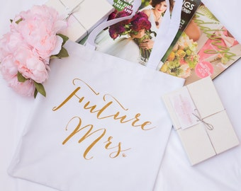 Future Mrs. Tote Bag, Chic and Modern Bride to Be, Bride Bag, Tote, Gift for Bride to be,  Bridal Shower Gift, Bachelorette Party