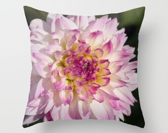 Flower Pillow, Dahlia Pillow, Pink Dahlia Pillow, Pink Pillow, Pink Flower Pillow, Garden Pillow, Nature Pillow, Throw Pillow Cover, Cushion