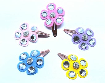 Pastel rhinestone flower set clip