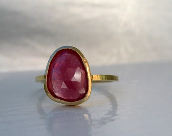 READY TO SHIP Pink sapphire ring. Sale Rose cut sapphire ring with 18kt gold bezel and narrow hammered band.  Alternative engagement ring.