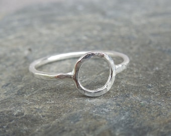 Circle Skinny ring, hammered Sterling Silver (0.925), stacking ring, engagement ring, wedding band, knuckle, midi ring, size choice