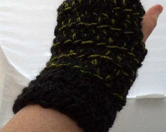Black and Sparkly Lime Green Crocheted Wrist Warmers (size S-M) (SWG-WW-SH19)