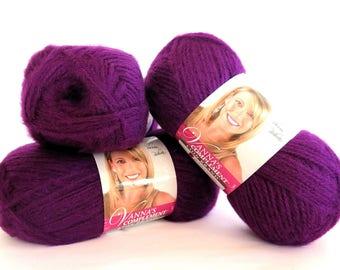 Vanna's Compliment Jiffy - Like Yarn Purple Eggplant Lion Brand 3 Skeins Craft Supplies Ultra Violet