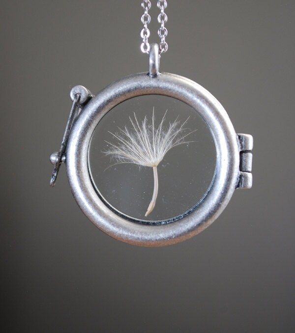 Round Dandelion Seed Necklace Dandelion Necklace Glass Locket Terrarium Necklace