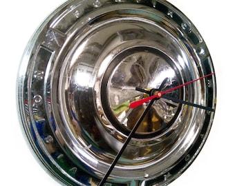 1961 - 1963 Pontiac Tempest Hubcap Clock - 1962 Classic Car Hub Cap Wall Decor - Mens Gift