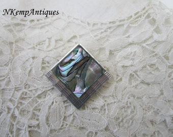 Vintage shell scarf ring/clip