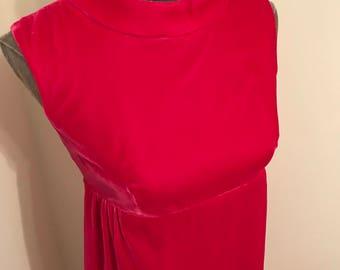 Vintage hot pink velvet sleeveless holiday dress in size 8.