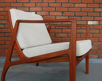 Elegant Teak Lounge Chair