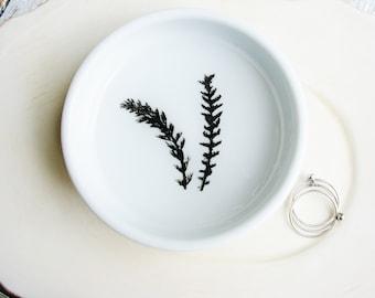 Black and White Ring Dish, Ceramic Dish, Real Fern Ring Dish, Botanical Engagement Gift, Jewelry Tray, Desk Organizer