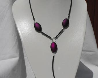 CL.0288 necklace on rubber satin beads