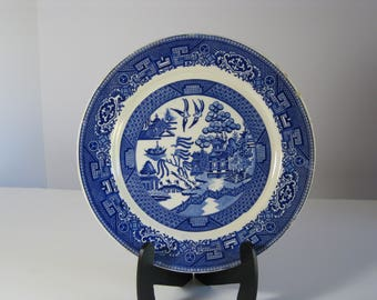 Vintage Blue Willow porcelain china luncheon plate from Homer Laughlin, made in USA