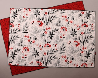 Spring Placemats, Modern Contemporary Placemats, Summer Placemats, Red, Black and White Floral Placemats, Set of 4 Reversible Placemats