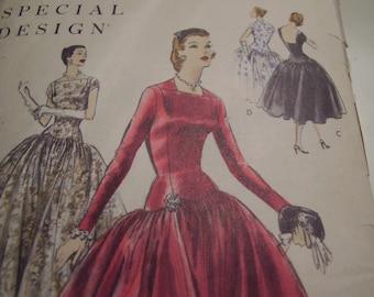 Vintage 1950's Vogue 4651 Special Design Dress Sewing Pattern, Size 18, Bust 36