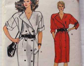 Vogue 8705 Sewing Pattern - Double Breasted Dress  - Size 14, Bust 36