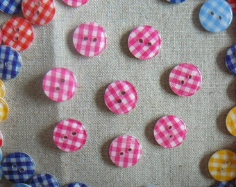 Gingham pink 13 mm, new, by 8 resin buttons.