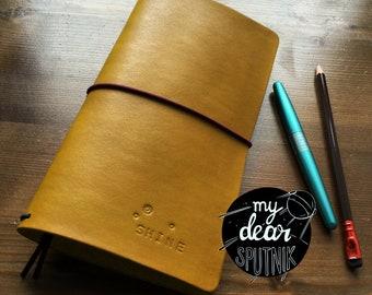 MydearSPUTNIK travelers Notebook io, Fauxdori, size regular, gold brass