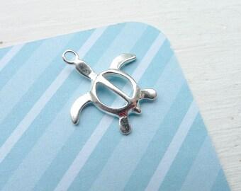Sea Turtle Charm Sterling Silver Sea Creature Pendant (CHS5219)