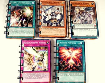 10 Upcycled Yu Gi Oh cartes - Yu Gi Oh Party Favors - Yu Gi Oh fête d'anniversaire - Yu Gi Oh faveurs - recyclé Yu Gi Oh cartes - Kozmo