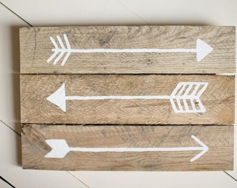 Arrow Wood Sign, Pallet Sign, Reclaimed Wood