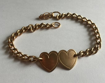 Vintage 1940's Sweetheart Bracelet - No Monogram Hearts - Gifts for her, Gifts under 10
