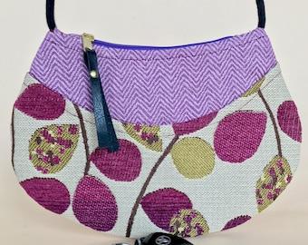 Flat cross-body purse