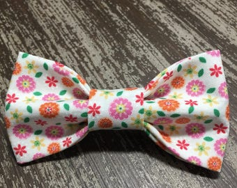 Bow Tie or Flower Collar Attachment & Accessory for Dogs and Cats / Spring Flowers and Daisies