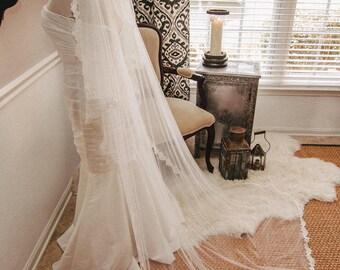 Juliet Lace-edged Veil,  Lace Veil, Juliet Wedding Veil, Wedding Vail, Wedding Viel, Juliet Veil, Bridal Veil