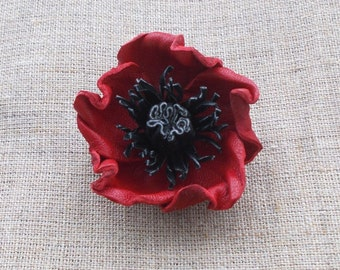 Poppy Lapel Pin, Leather Poppy brooch, Poppy pin, leather flowers, Red, Remembrance Day, Veterans day poppy, Lapel Flower,  Memorial Day