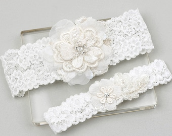 Lace garter set, wedding garter set, bridal garter set, wedding garter belt, white lace garter
