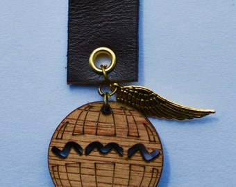 New steampunk air balloon brown leather medal brooch pin with crystals