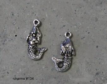 10 ea   Small Mermaid  Charms #134