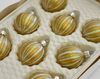 Vintage,Old World, Romanian, Round, Christmas, Tree Ornaments, Hand Decorated, by European Craftsmen,Golden and silver, 8 Total