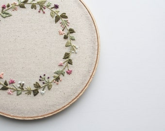 Circle Garden Embroidery Hoop. Embroidery Hoop. Home Decor. Wall Art. Floral Art. Floral Embroidery.