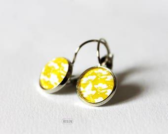 Earrings 12mm Retro yellow floral Cabochon Stud Earrings