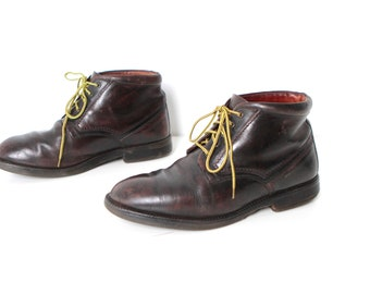 MEN'S size 11 vintage CHUKKA chelsea BOOTS brown leather