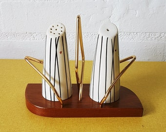 Wyncraft mid century salt and pepper set