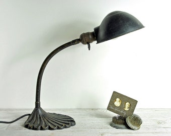 Vintage Gooseneck Desk Lamp / Industrial Lighting