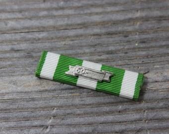 Vietnam Campaign Ribbon with special bar, Militaria, US Campaign Ribbon, priced individually. Militariana, pin, service pin, Vietnam, US