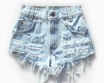 "ALL SIZES ""CHECKER"" Vintage Levi high-waisted denim shorts light blue distressed frayed"