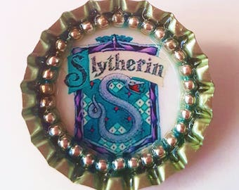 HARRY POTTER - Slytherin - Bottle Cap Brooch